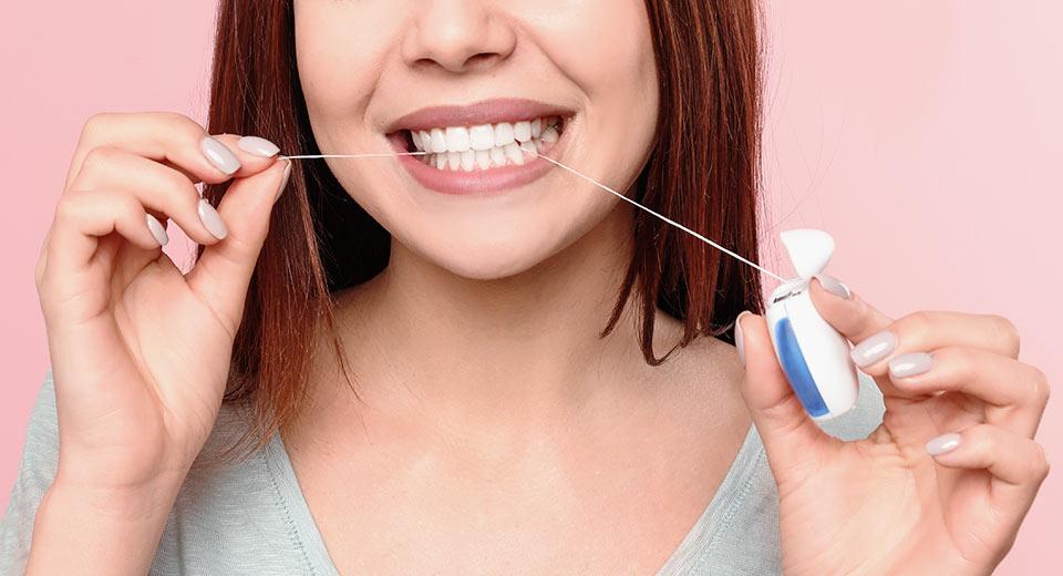 Wichtigkeit der Reinigung der Zahnzwischenräume